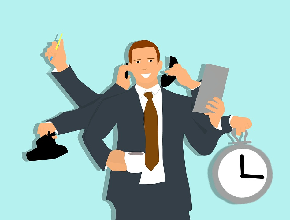 multi-tasking praca w biurze
